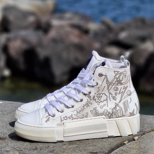 Sneakers donna pelle fumetto VV21211